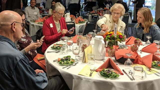 Donors and students enjoy a meal at the FPU Scholarship Dinner