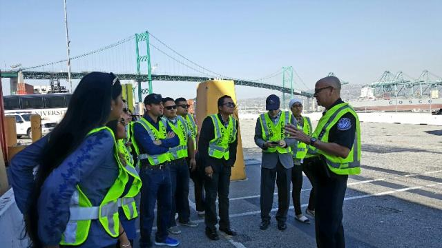 MBA students sample agriculture, port operations and communications